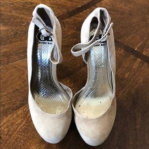 Gianni Bini Crystal Strassed Embellished Heels 7.5